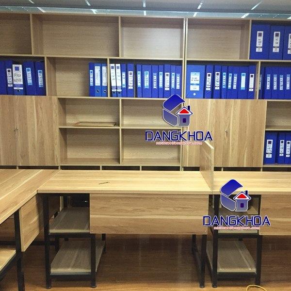 Vách ngăn bàn làm việc tại nội thất văn phòng Đăng Khoa
