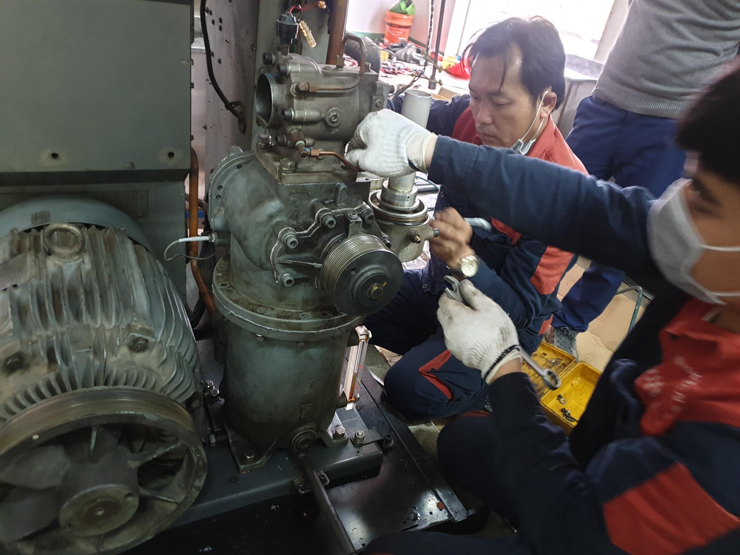 Lưu ý trong quá trình bảo dưỡng máy nén khí?